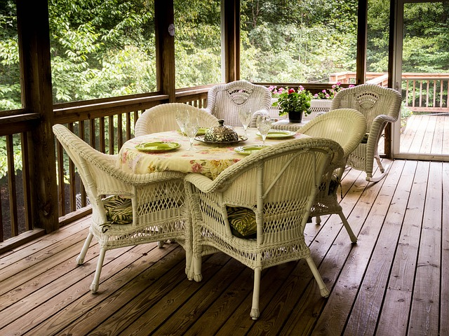 porch with table set